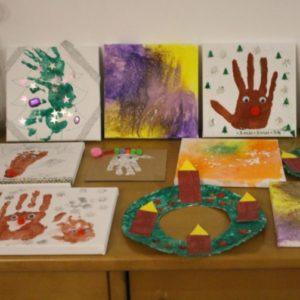 Weihnachtsbilder gestalten für Kleinkinder von 1-3 Jahren mit den Eltern